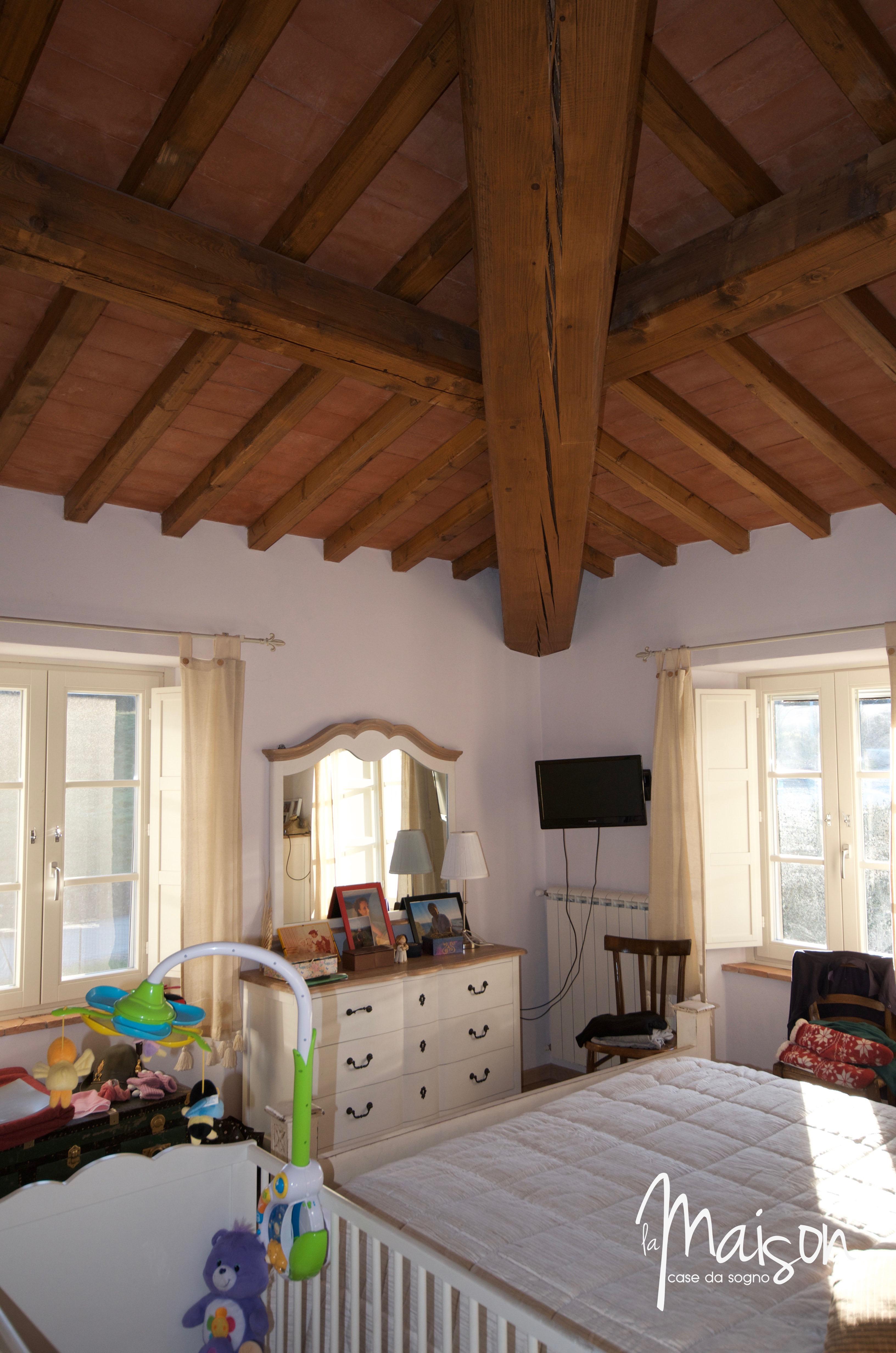casa vendita vaiano colonica la maison case da sogno agenzia immobiliare prato26 l 39 agenzia 2 0. Black Bedroom Furniture Sets. Home Design Ideas