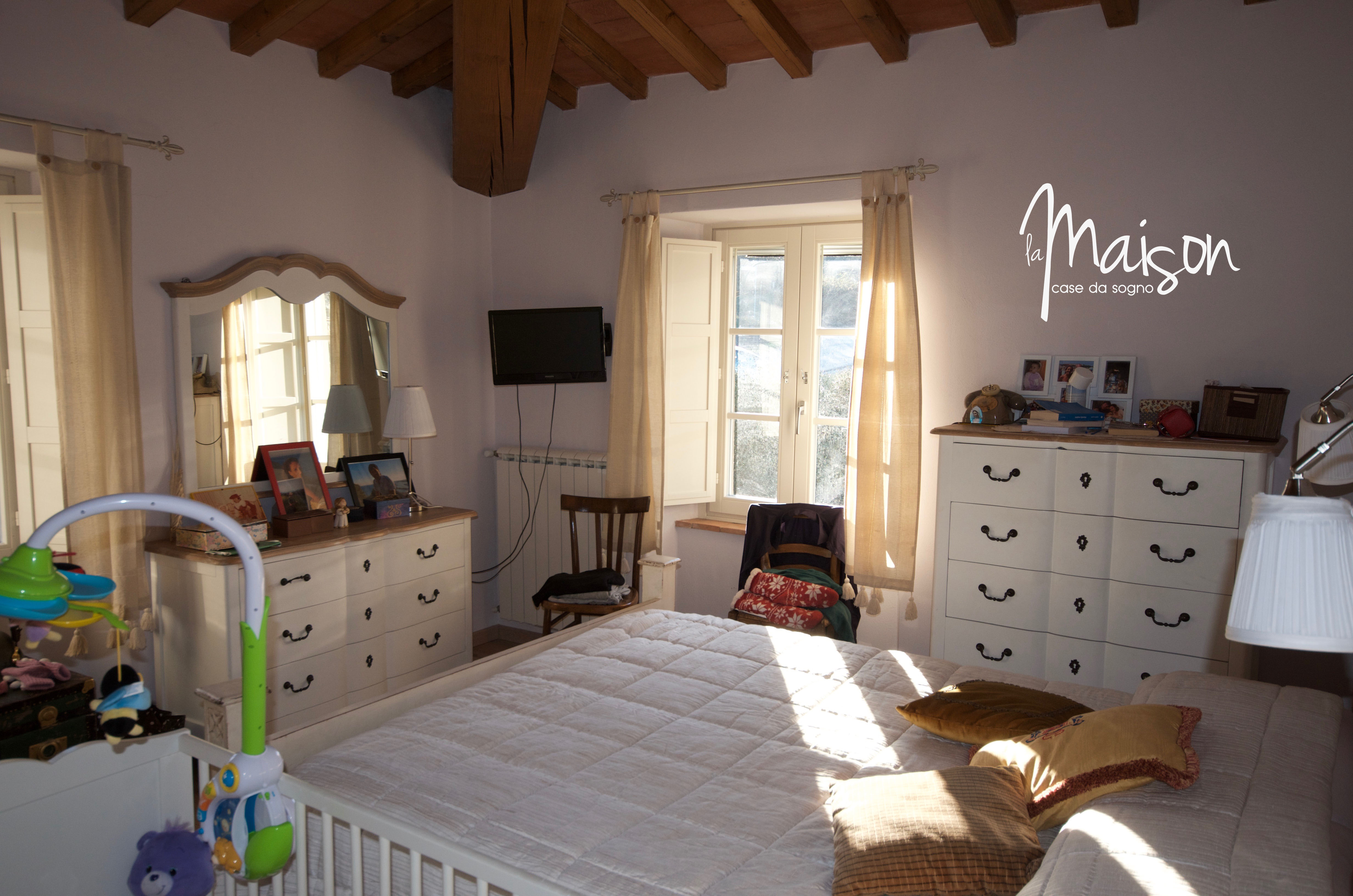 casa vendita vaiano colonica la maison case da sogno agenzia immobiliare prato27 l 39 agenzia 2 0. Black Bedroom Furniture Sets. Home Design Ideas