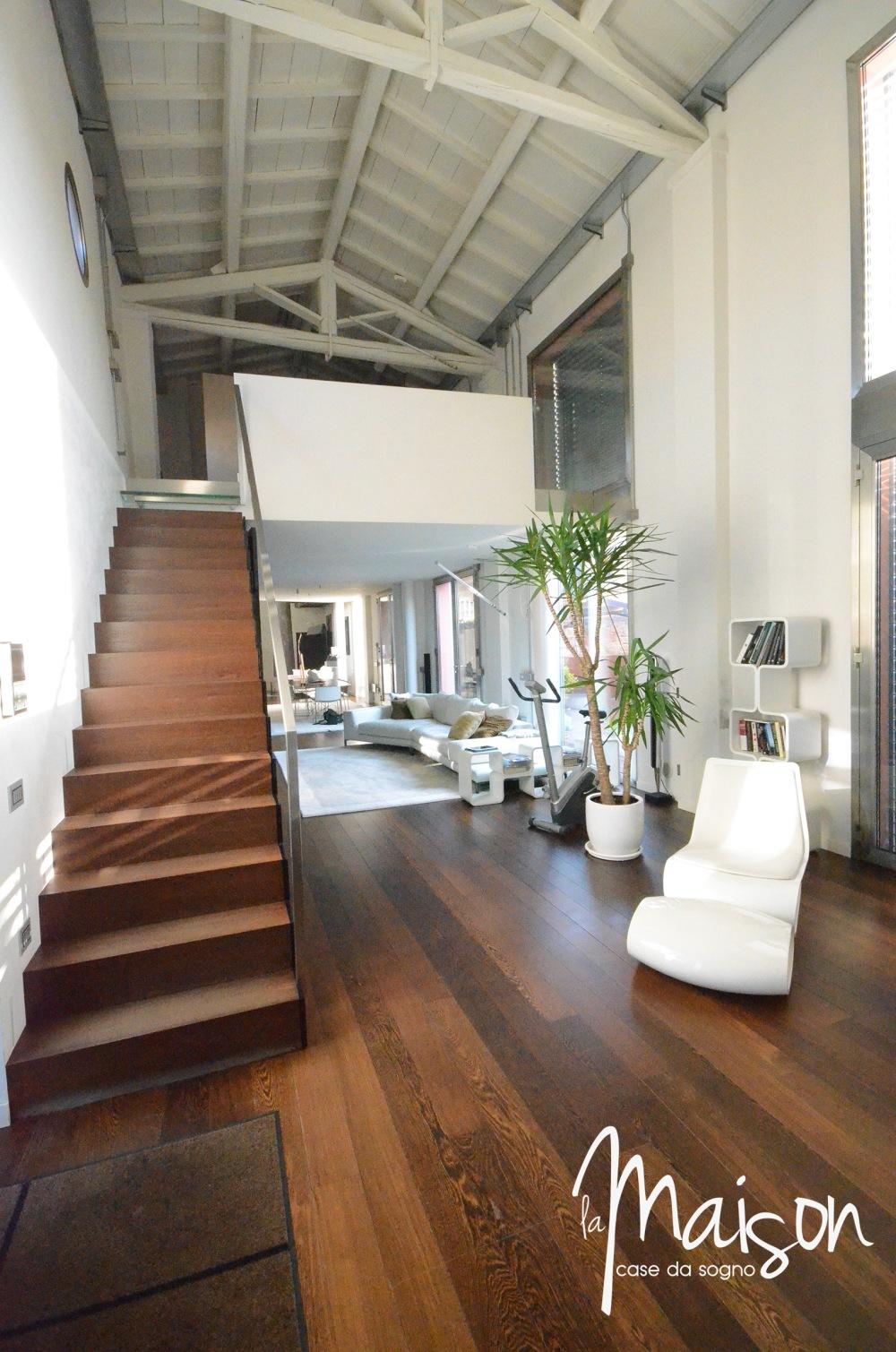loft in vendita a prato case vendita prato studio immobiliare santa lucia agenzia immobiliare la maison case da sogno prato loft con giardino12.JPG