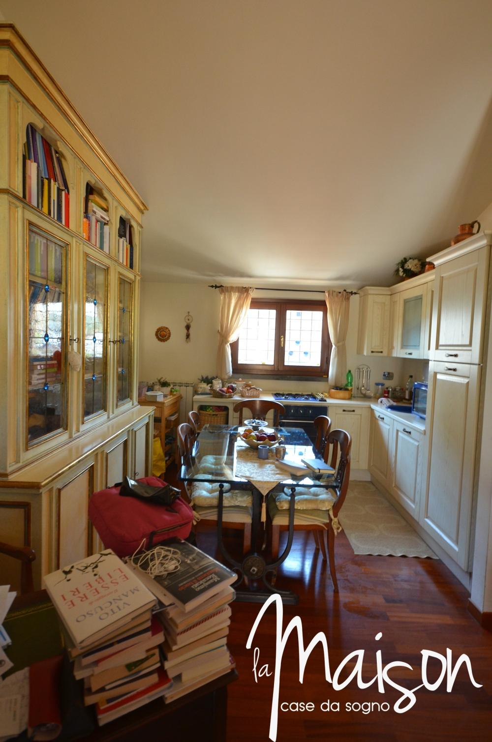 vendesi appartamdento prato san martino coiano bilocale 2 vani con garage agenzia immobiliare la maison case da sogno studio immobiliare santa lucia prato3