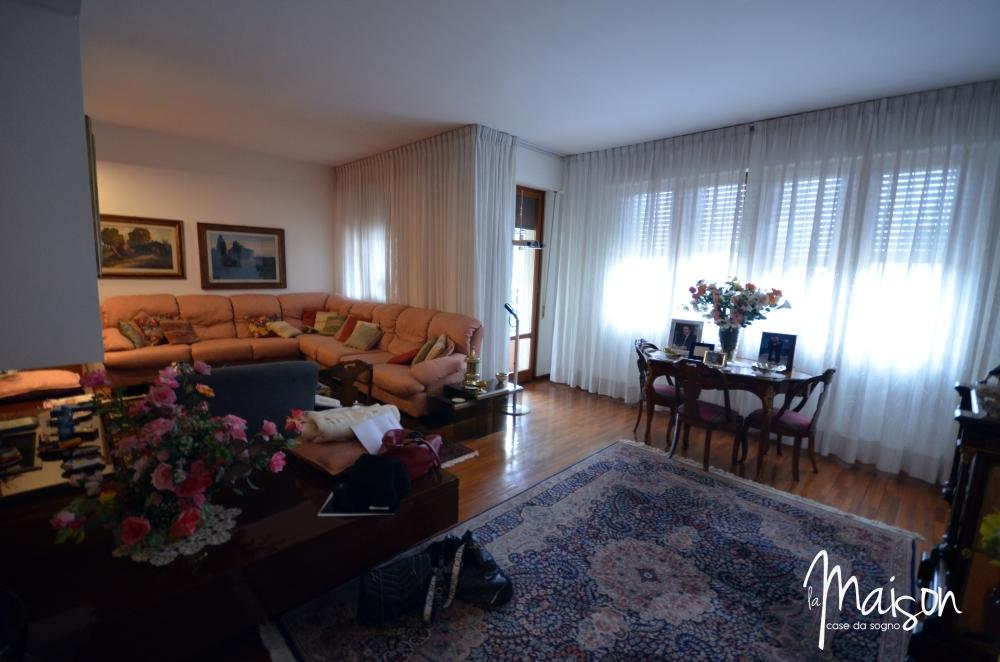 vendesi attico prato viale montegrappa appartamento la maison case da sogno studio immobiliare santa lucia prato est vendita case prato 1